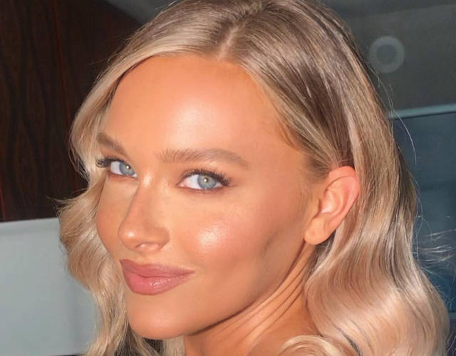Rob Gronkowski's Girlfriend Camille Kostek Has a Cameltoe, Farrah Abraham Denies Being a Prostitute and More