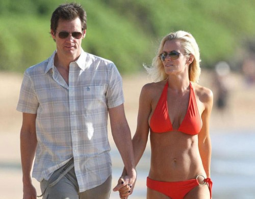 Jenny McCarth & Jim Carrey in Hawaii