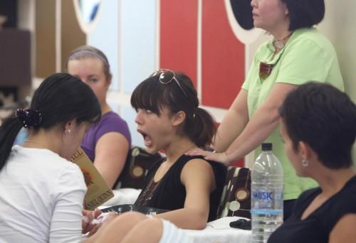 jessica alba massage 10