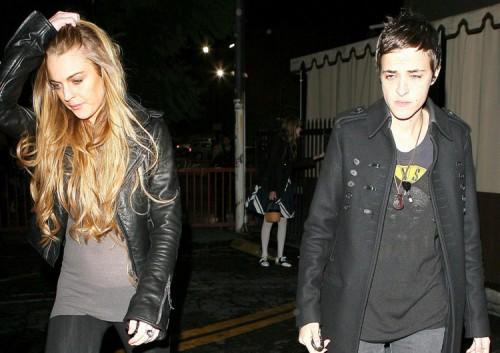 Lindsay and Sam leave a club