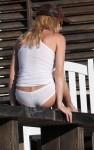 nicolette sheridan pantsless 01