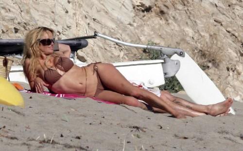 pamela anderson bikini 06