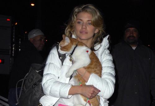 AnnaLynne McCord's pussy