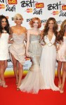 girls aloud brit awards 04