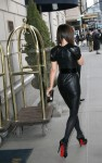 kate beckinsale leather 03