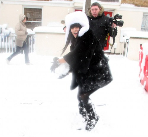 Lily Allen snowball fight