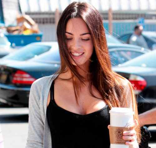 Megan Fox gets coffee