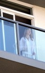 naomi watts naked balcony 04