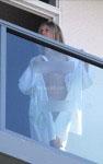 naomi watts naked balcony 08