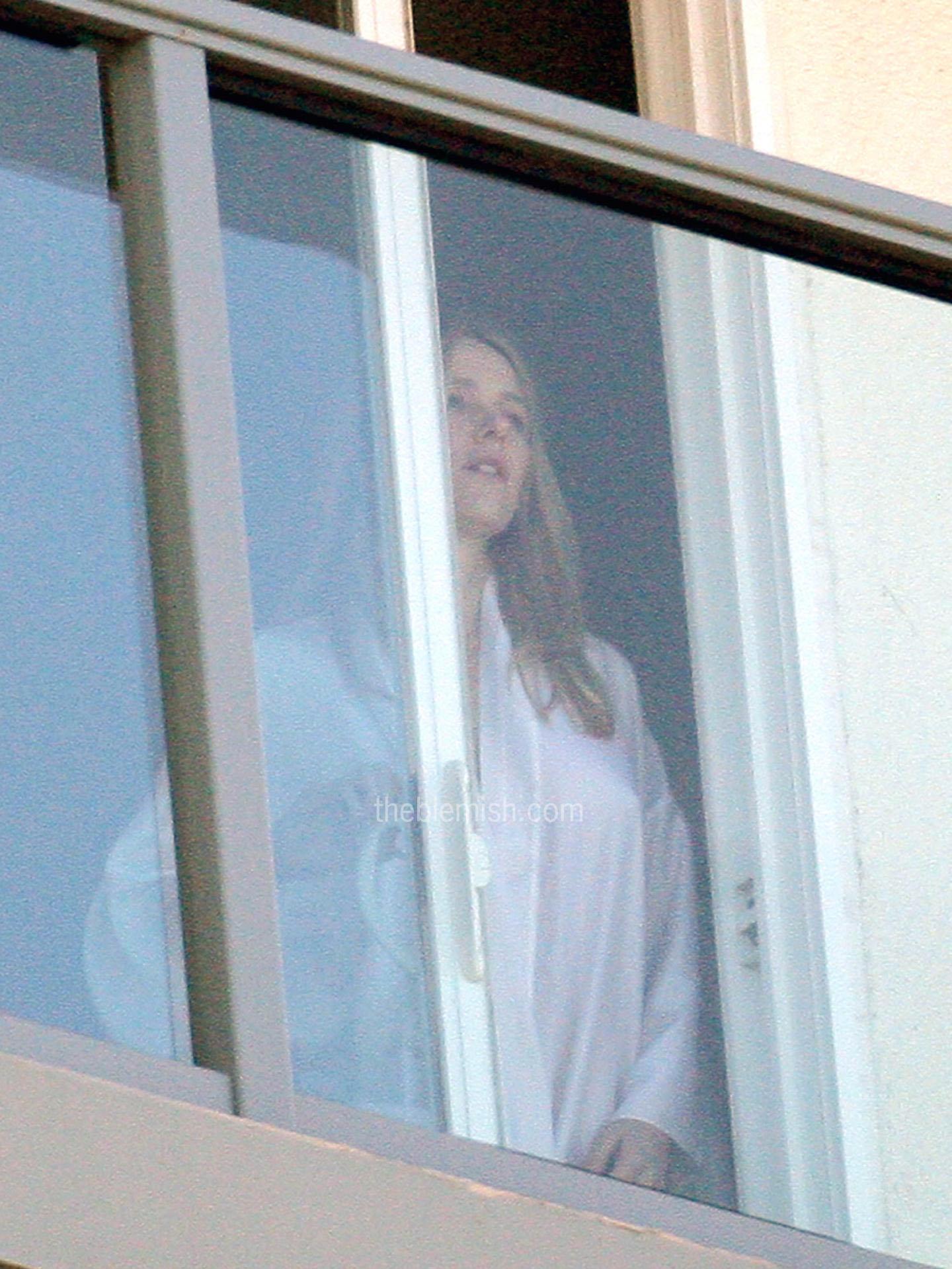 Watts nude on balcony naomi