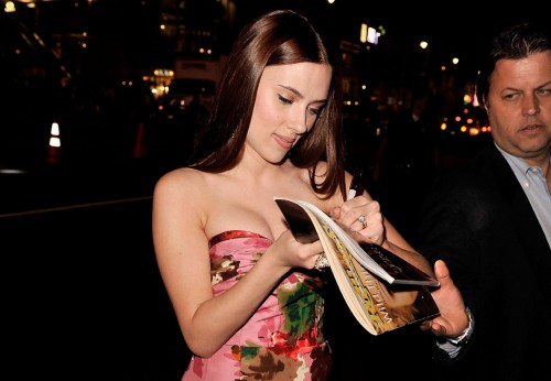 Scarlett Johansson autographs