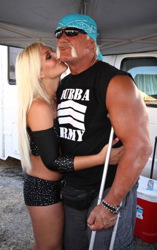 brooke hogan pole 10