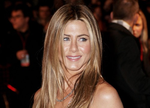 "Jennifer Aniston @ UK Premiere of ""Marley & Me"""