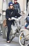 jessica alba bike 03