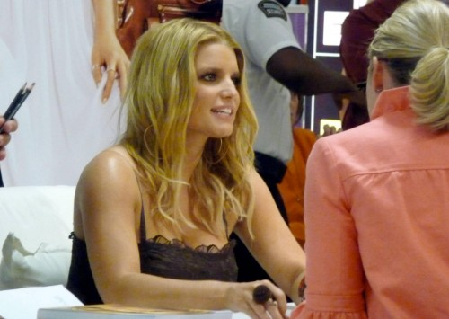 jessica simpson signs 01