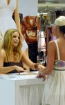 jessica simpson signs 03