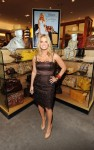 jessica simpson signs 09