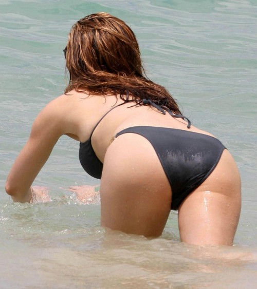kelly brook barbados 07