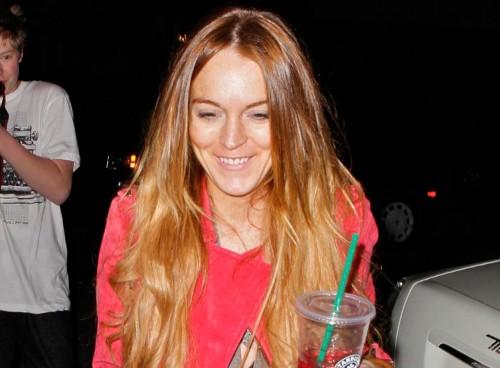 Lindsay Lohan leaving a salon