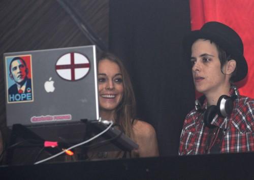 Lindsay Lohan & Samantha Ronson @ Hard Rock