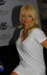 pamela anderson muse 01