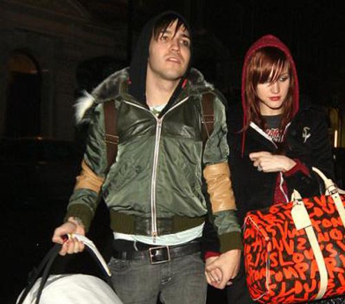 Pete Wentz and Ashlee Simpson head out