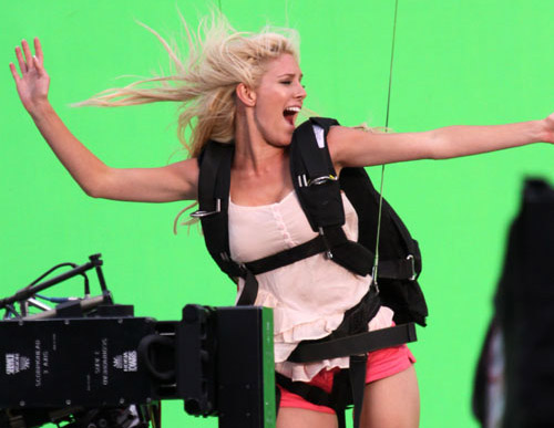 heidi montag green screen