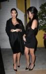 kim kardashian cleavage 03