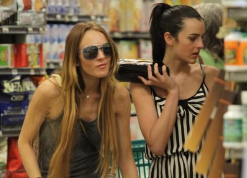 Lindsay & Ali Lohan drug store