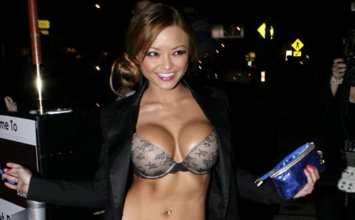 Tila Tequila flashing