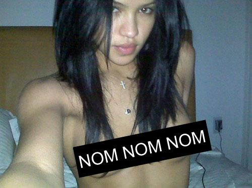 cassie topless 01
