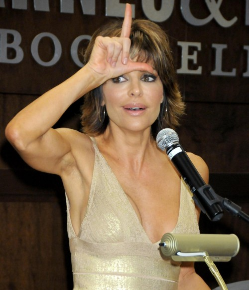 lisa rinna book signing 02
