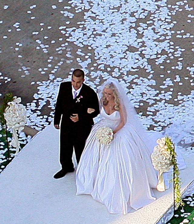 Kendra Wilkinson Wedding: Kendra-wilkinson-wedding-26