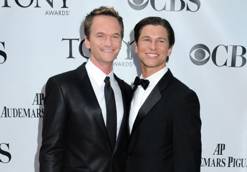 neil-patrick-harris-david-burtka-tony-awards