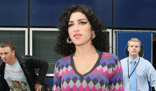 amy-winehouse-airport
