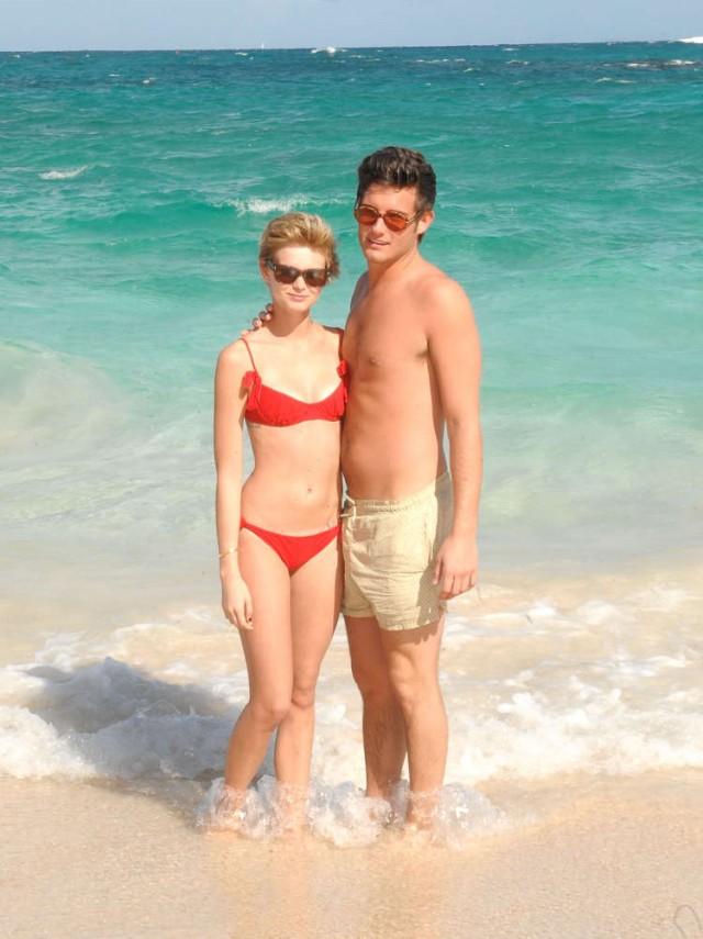 sara paxton naked beach