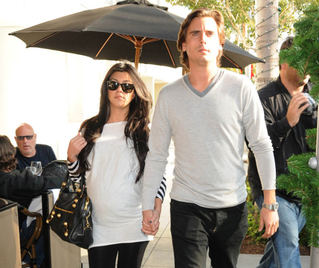 scott-disick-kourtney-kardashian-shopping