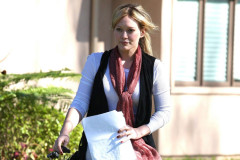 hilary-duff-out