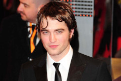 robert-pattinson-baftas