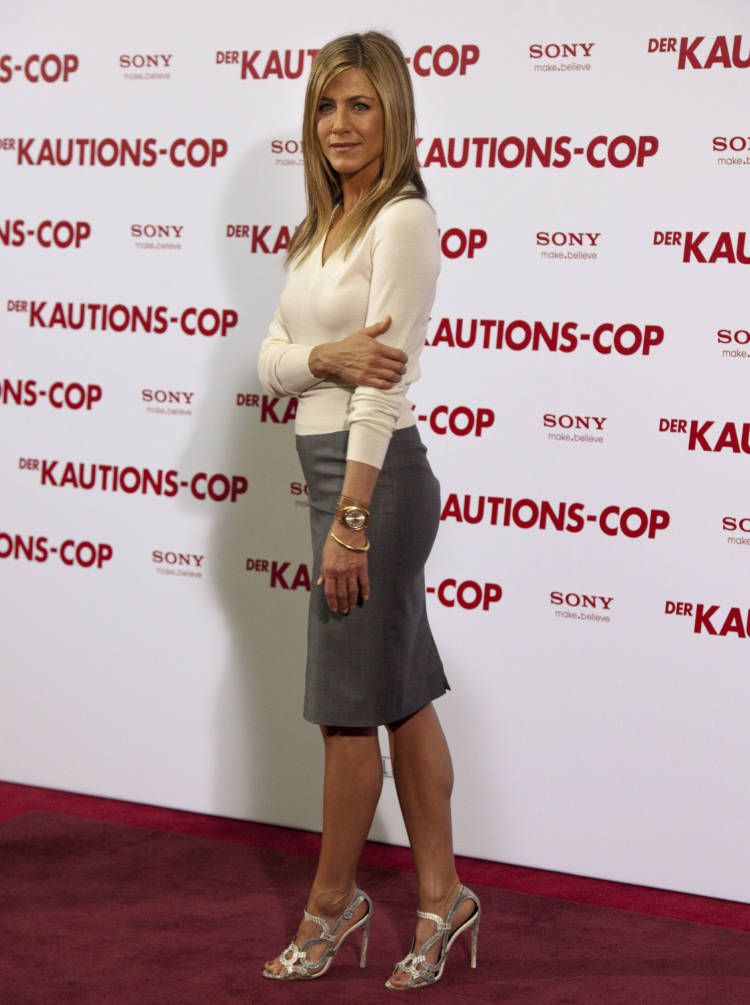 Jennifer Aniston Berlin 01 62725 Photos The Blemish
