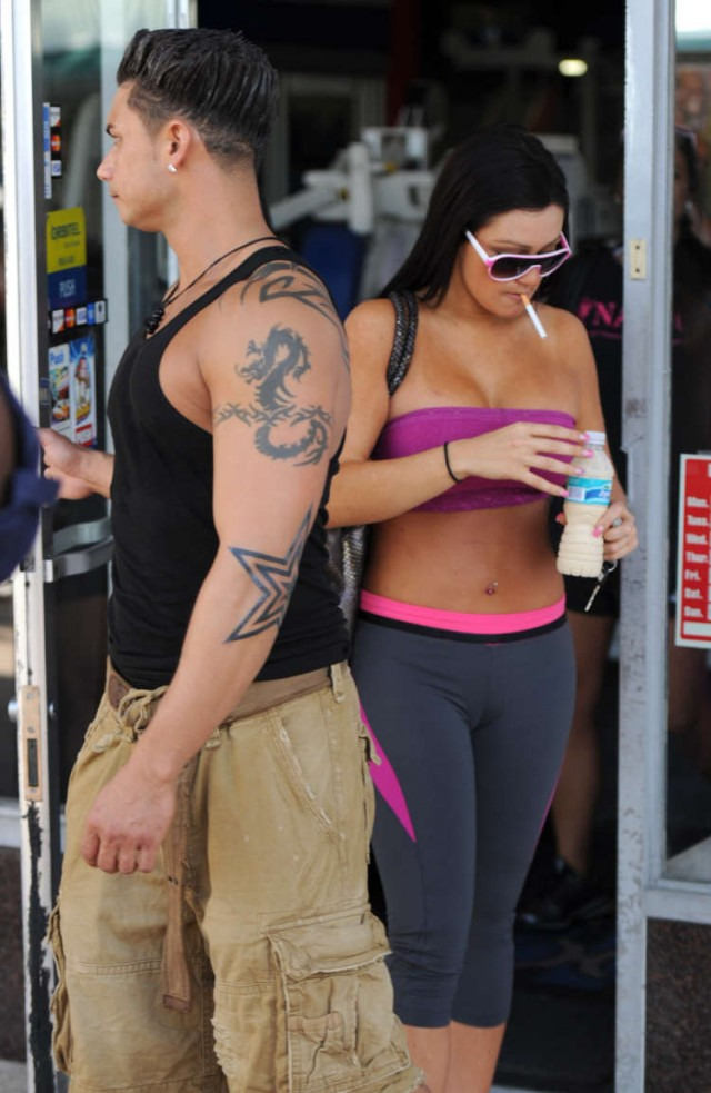 Are jwoww and pauly dating 8