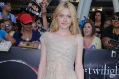 dakota-fanning-eclipse