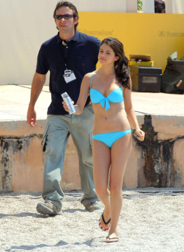 Selena Gomez Monte Carlo Bikini | 69711 | Photos | The Blemish