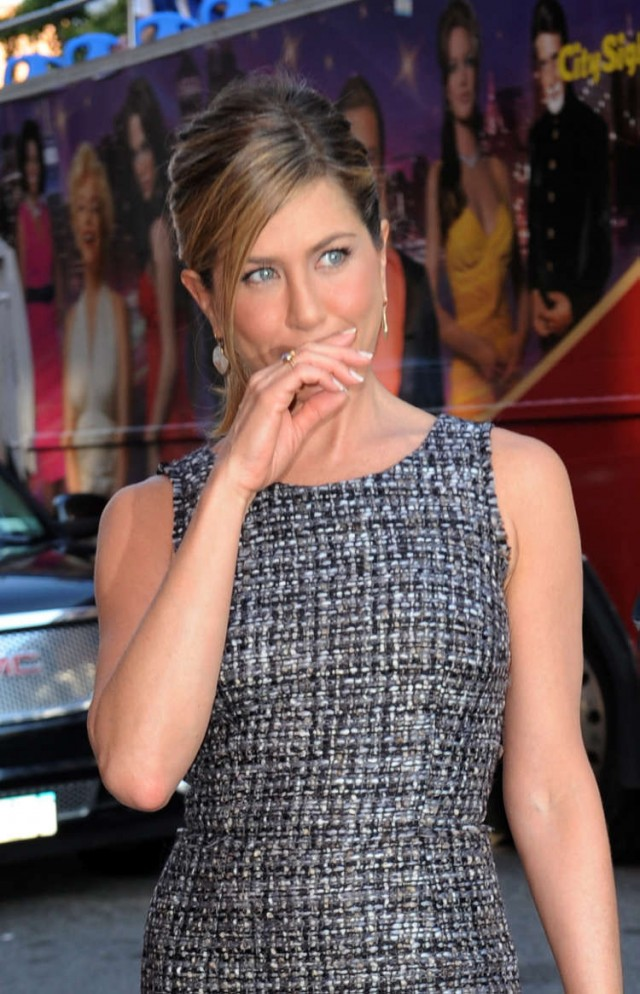 Jennifer Aniston Does the Daily Show | 74392 | Photos ... Jennifer Lopez Movies