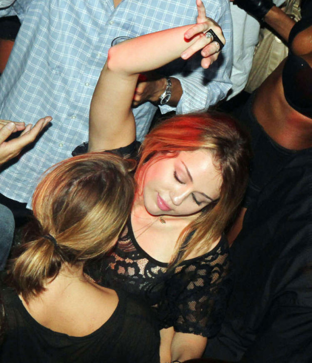 miley-cyrus-drunk