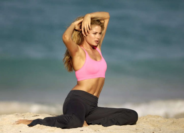 Doutzen Kroes Works It Out For Victoria Secret