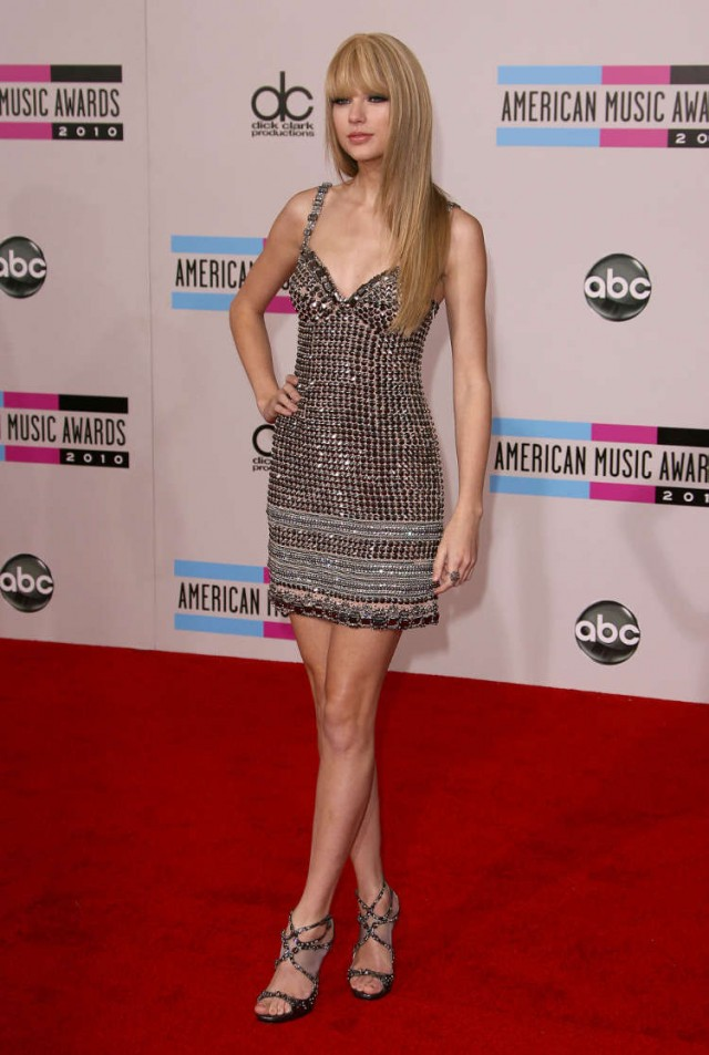 Taylor Swift at The 2010 American Music Awards in LA