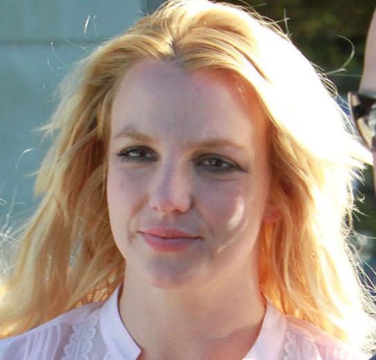 Britney spears facial splash batman