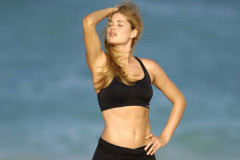 doutzen-kroes-vs