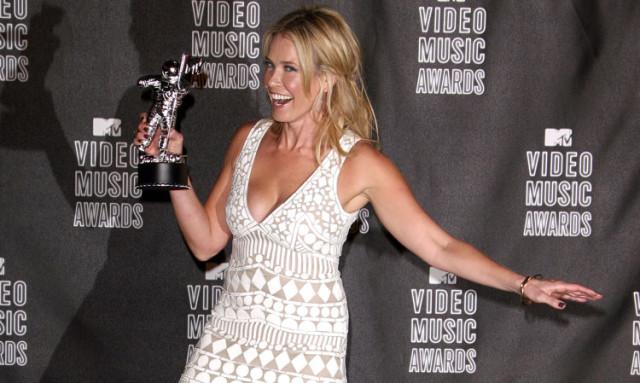 chelsea-handler-music-awards